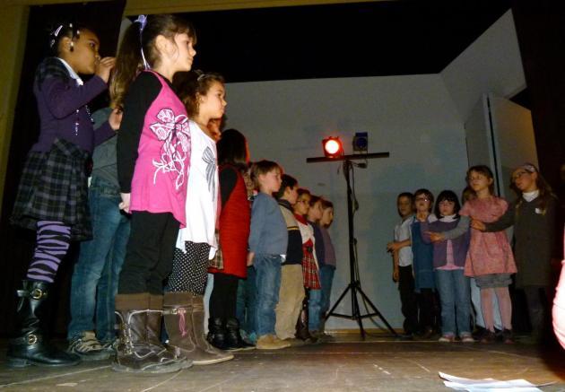 Les CP-CE1 chantent_Mars 2012 (7)